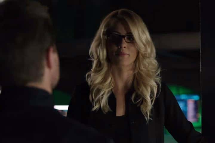 Arrow Oliver and Felicity - Olicity Reunited; Romantic Moment of the Week | The Silver Petticoat Review