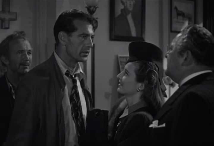 Vintage Christmas -Meet John Doe (1941)