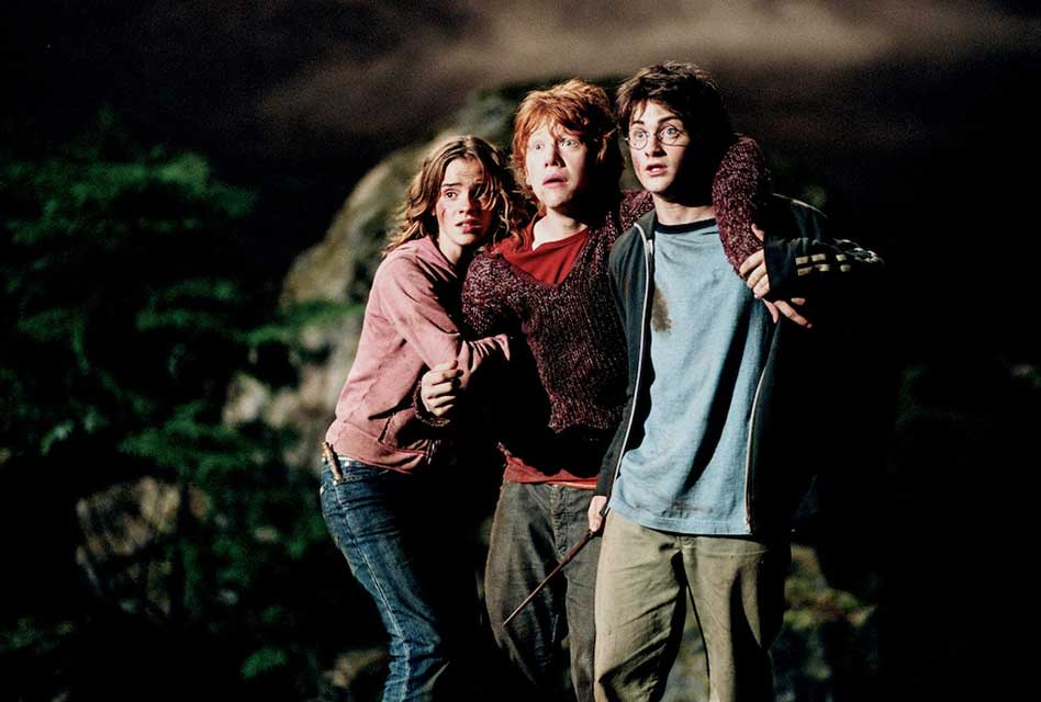 Review: Harry Potter and the Prisoner of Azkaban (2004) - A Stylized Adaptation