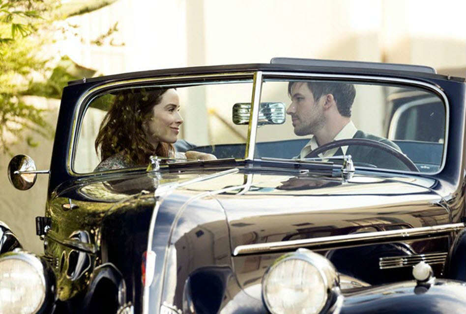 Romantic Moment of the Week: Timeless' Lucy and Wyatt Share A 'Hollywoodland' Moment