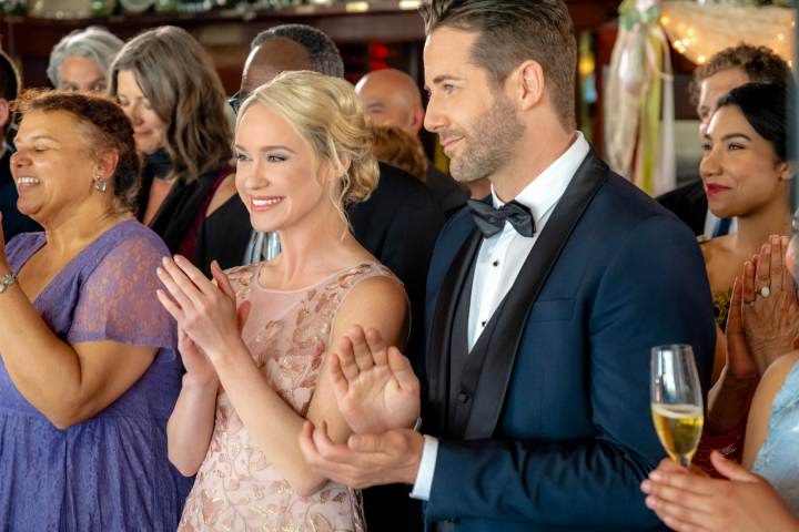 Love at First Dance Hallmark Review – An Invite to a Magical First Dance