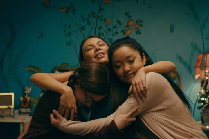 To All the Boys I've Loved Before Review - The Best New Romantic Comedy on Netflix