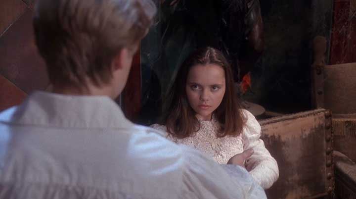 Casper Halloween Party.Classic Romantic Moment Of The Month Casper Can I Keep You