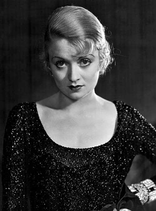 List: Glamorous Women in Classic Film