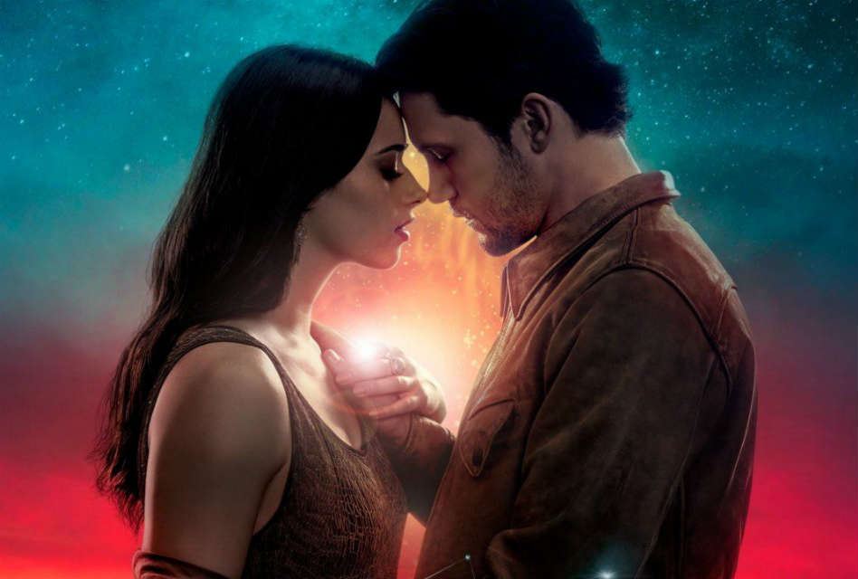 Roswell, New Mexico: A Political Reboot That Lacks the Magic of the Original