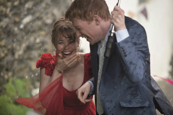 April Showers: 30 of the Most Romantic Moments in the Rain - About Time