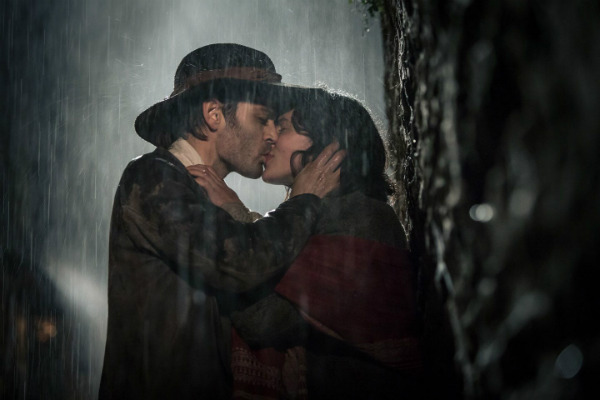 April Showers: 30 of the Most Romantic Moments in the Rain - Jamaica Inn