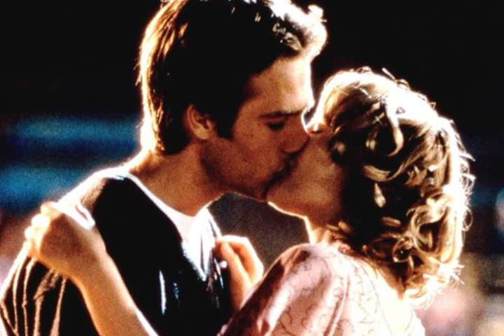 Romantic Moment: Never Been Kissed