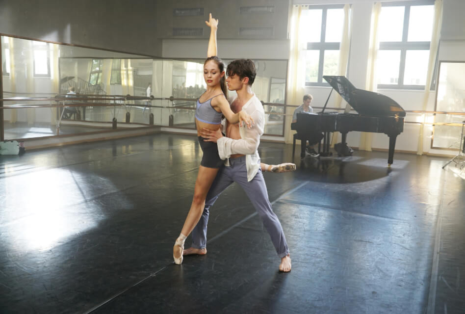 High Strung Free Dance promotional photo featuring Thomas Doherty and Juliet Doherty dancing.