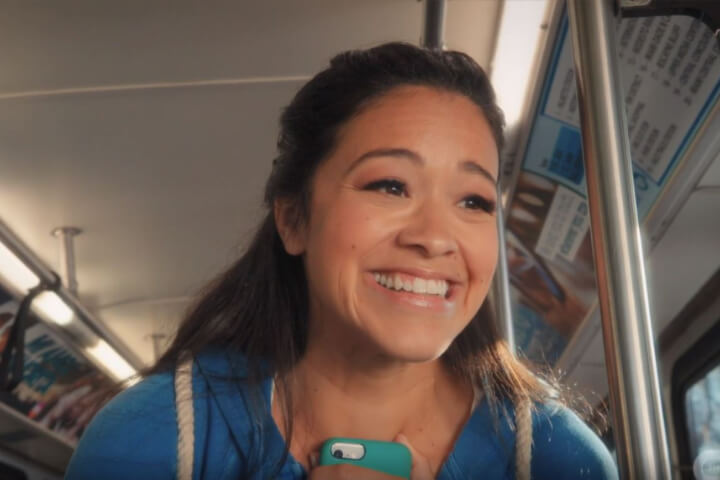 Jane Villanueva on bus in finale