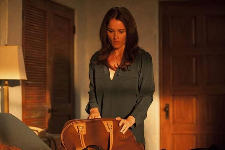 "Teresa packs a back in ""Blue Bird"""