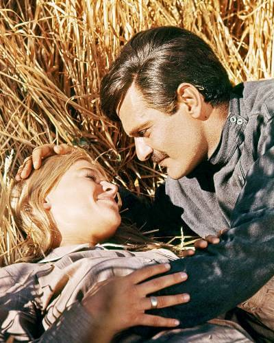 doctor zhivago publicity still with Julie Christie and Omar Sharif
