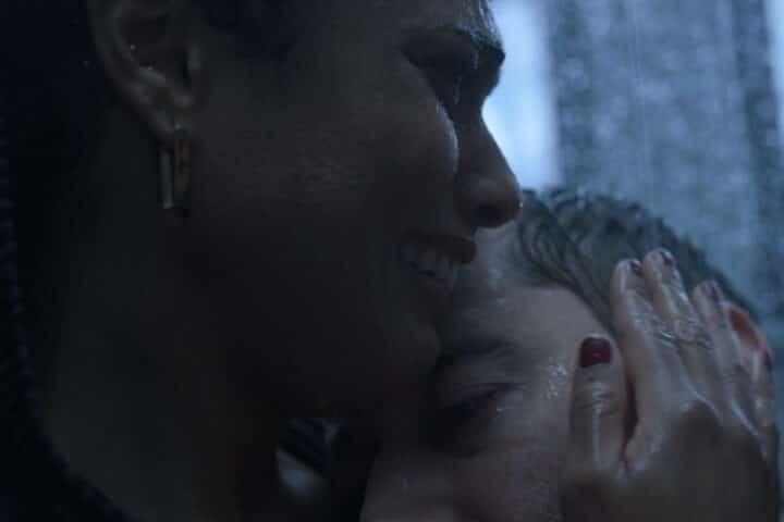 New Amsterdam Max and Helen shower scene